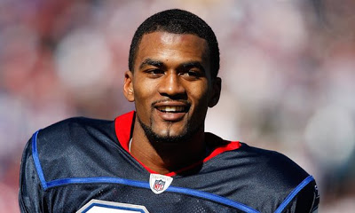 Former NFL player James Hardy's lifeless body found in river near his home