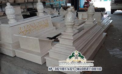 Makam Marmer Keraton Cirebon Custome