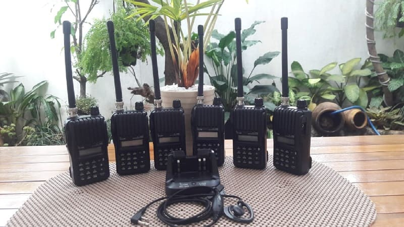 Radio HT Icom IC-V80 Original