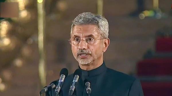 विदेशों में फंसे भारतीयों को लाना संभव नहीं - विदेश मंत्रालय