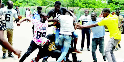 News; FG, ASUU meet Thurs., NANS factions exchange blows in Abuja