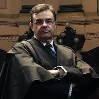 Dias Batista advogados atua na área de danos morais, seja na justiça comum ou na justiça trabalhista. Dano moral e Indenização.