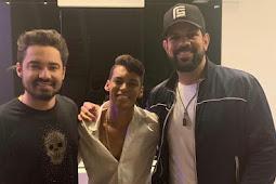 Devinho Novaes lança novo hit com dupla sertaneja