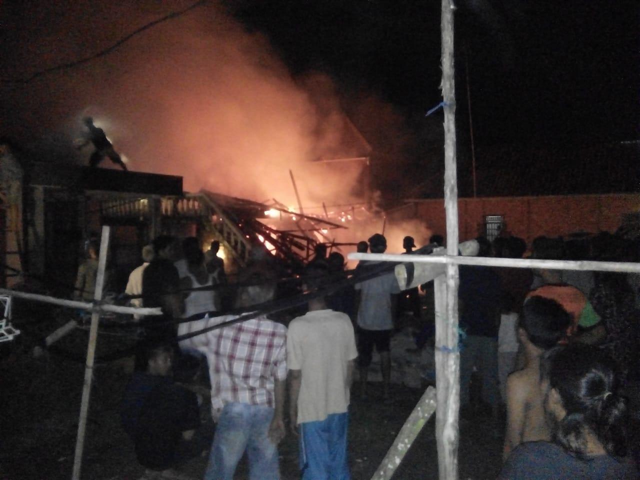Rumah Warga Arisan Buntal Ludes Terbakar
