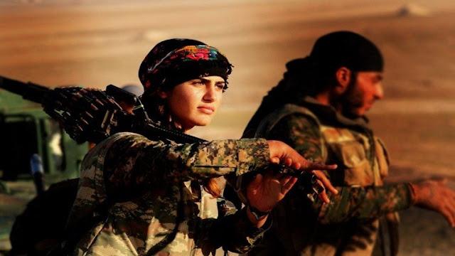"""داعش يقتل """"أنجلينا جولي الأكراد"""" على أيدي """"داعش"""""""