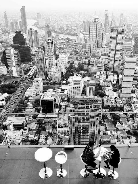 Shoestringtravel.in Mahanakhon Sky Bar Bangkok Thailand