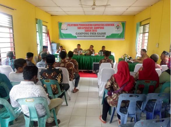 """Babinsa Ramil 15/Plkb Hadiri Pelatihan Peningkatan Kapasitas Perangkat Desa Tahun 2019"""""""