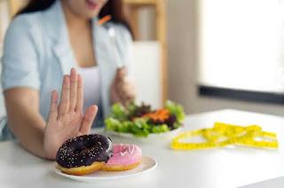 Hindari-kebiasaan-buruk-agar-terhindar-dari-Resiko-Kolesterol-Tinggi