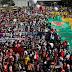 No dia que o Brasil chega a 500 mil mortes por covid-19 manifestantes protestam por todo país