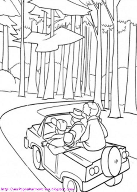 Rekreasi di Hutan