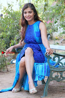 Tamil Actress Sanchita Shetty Latest Pos in Blue Dress at Yenda Thalaiyila Yenna Vekkala Audio Launch  0018.jpg