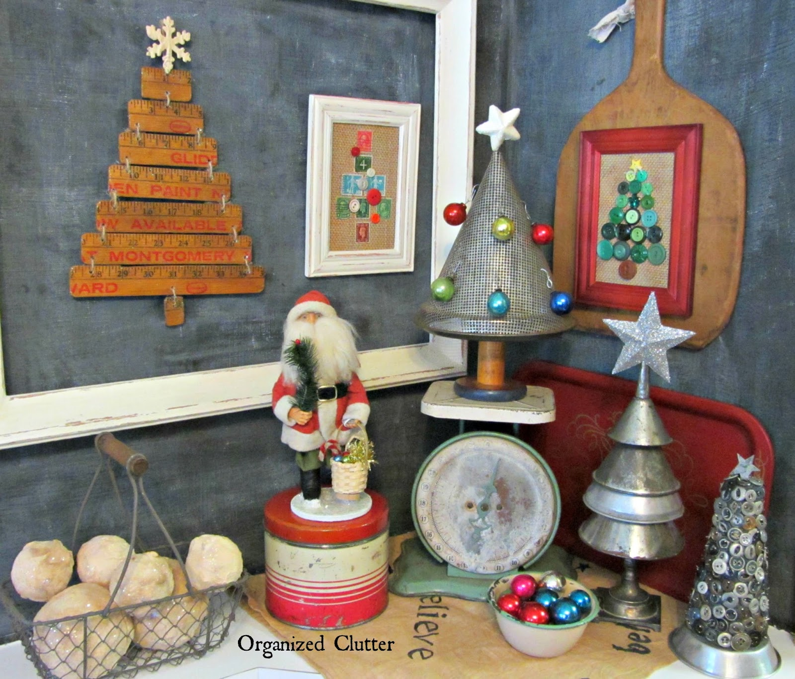 Re-Purposed Alternative Christmas Tree Vignette www.organizedclutterqueen.blogspot.com