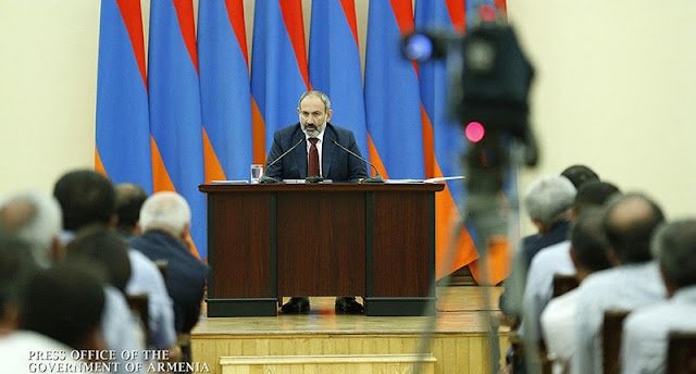 Pashinyan: Washington comprende la importancia de Irán para Armenia