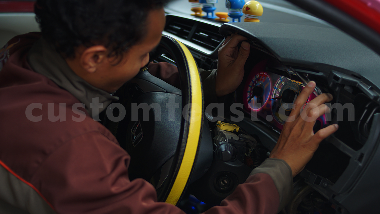 jasa custom speedometer mobil murah