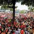 Multidão lota centro de João Pessoa em caminhada com Haddad