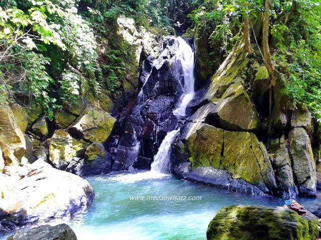 Air Terjun Pria Laot di Sabang