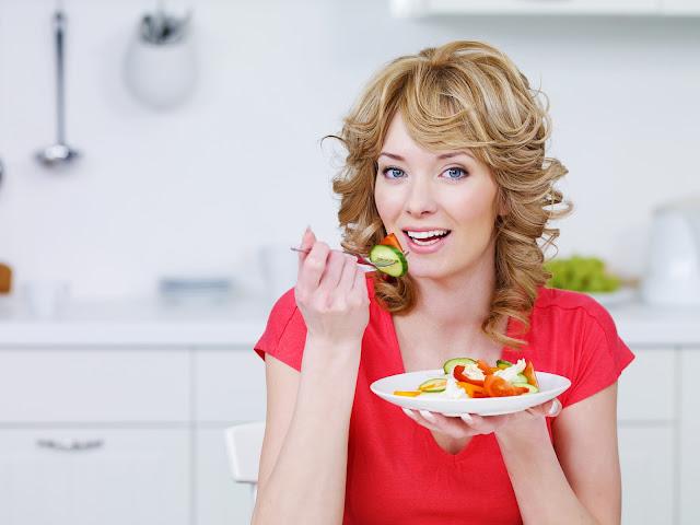 الفيتامينات وأهميتها لصحة المرأة