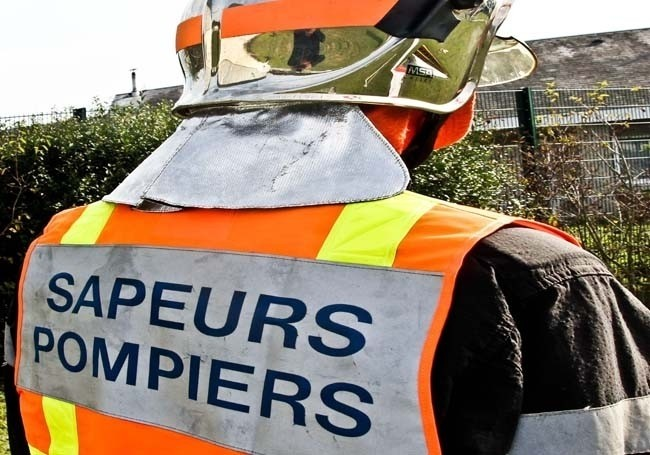 Indre (36) : une équipe de sapeurs-pompiers pris dans un guet-apens