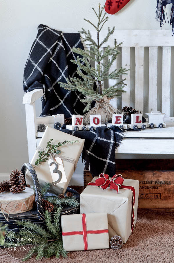 Christmas Home Tour 2015 with anderson + grant  ||  www.andersonandgrant.com