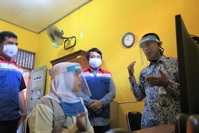 PT Pertamina Lubricants Bangun Semangat Digitalisasi Siswa Difabel di Cilacap
