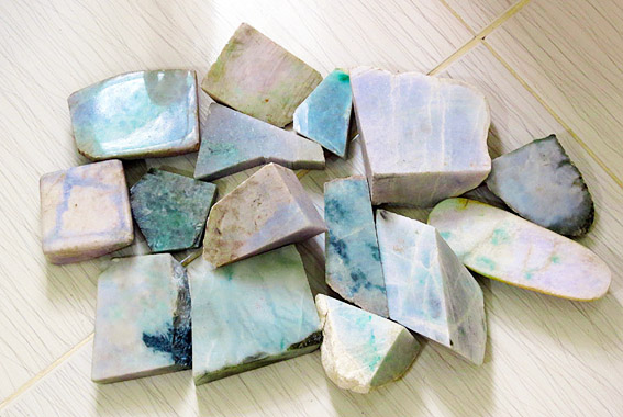 jade store with colors and sizes available