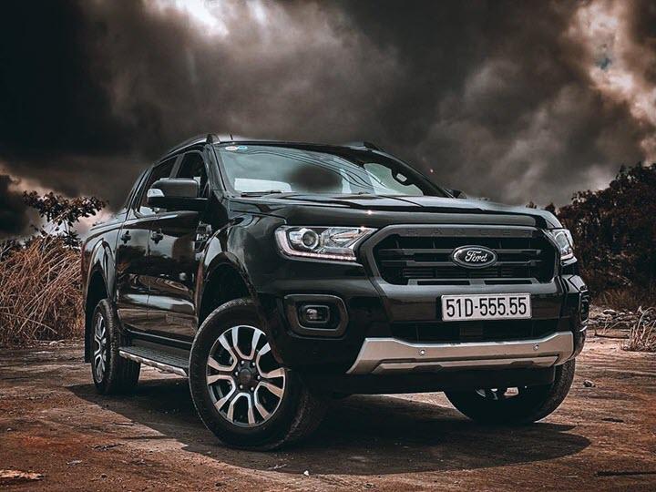 Ford Ranger bình dân gắn biển 55555 đội giá lên gần 3 tỷ