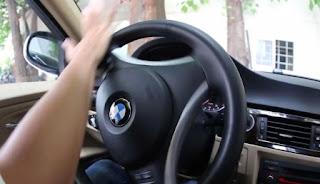 Đánh lái ô tô bằng lòng bàn tay