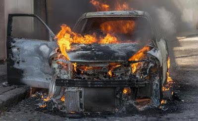 45χρονος έκαψε το αυτοκίνητο 41χρονης - Συνελήφθη από την αστυνομία
