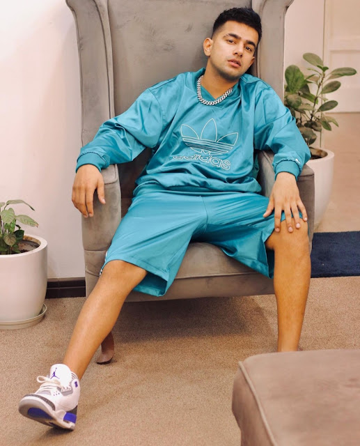 Jass Manak (Punjabi Singer) Height Age Wife Girlfriend Family Song Affairs Biography Wikipedia & More - MyTrendingStar.com
