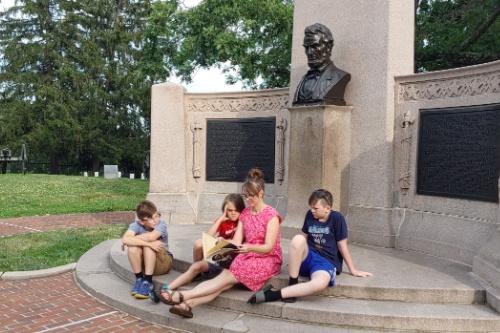 Reading at Gettysburg, PA