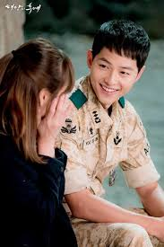Review Drama Korea | Descendants of The Sun Song-Song Couple