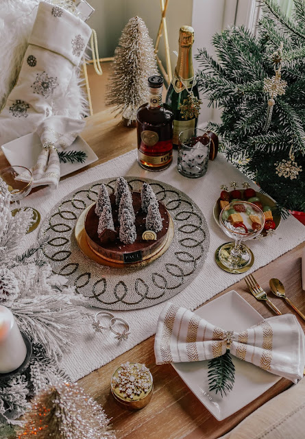 Joanna Buchanan Christmas Table Setting