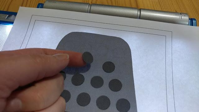 Using a light pad for applique