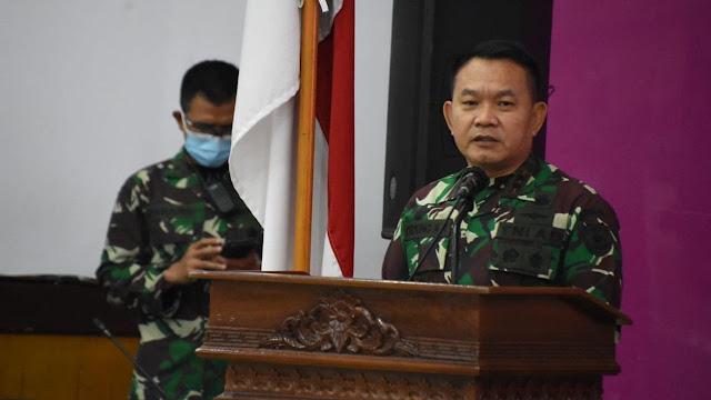 Pangdam Jaya soal Video Orang Berbaju Loreng Copot Baliho Habib Rizieq: Itu Perintah Saya!