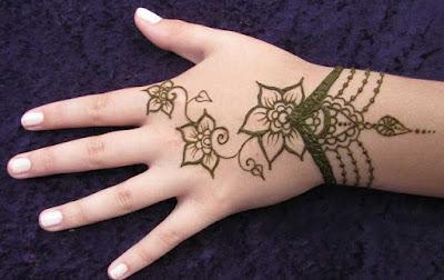 Bracelet Simple Mehndi Design For Kid