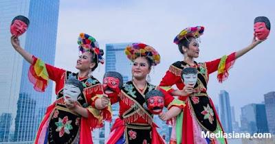 Tari Topeng Betawi : Sejarah, Filosofi, Gerak, Kostum, Musik dan Daerahnya