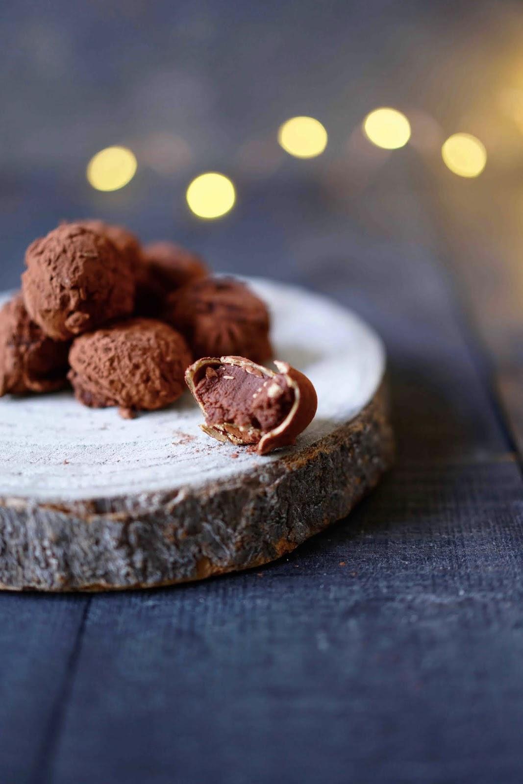 truffes , chocolat noir , valrhona , dulcey , douceurs de noël