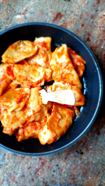 pierogi z kaszą gryczaną i z grzybami,pierogi z grzybami,pierogi z kaszą,ciasto na pierogi,z kuchni do kuchni,łatwe pierogi,najlepszy blog kulinarnay,kuchnia polska,kuchnia włoska,idealne pierogi,
