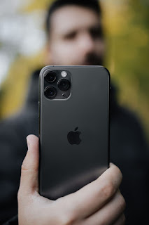 Apple I phone 11 pro in Hindi