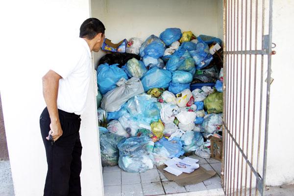 Deputado cria projeto que estabelece protocolo para o descarte de lixo doméstico