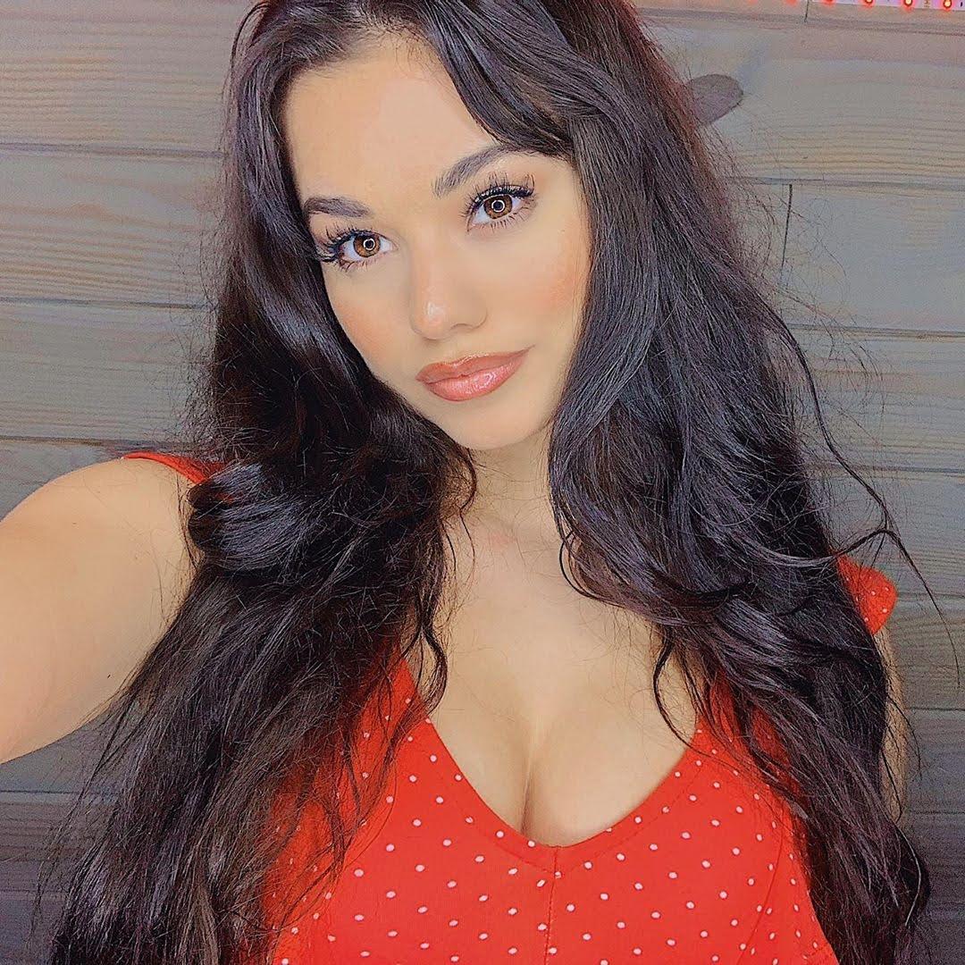 Ariel Yasmine 8