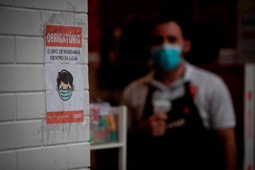 Brasil reporta más de 117.000 decesos por la Covid-19