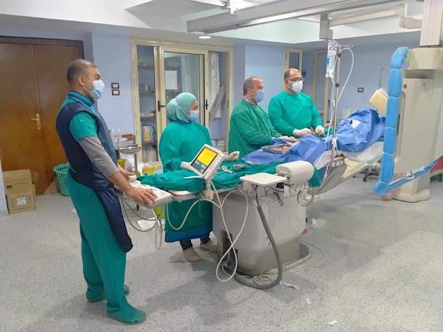 مستشفي قنا العام تنجح في عمل 24 عملية قسطرة قلبية من بداية 2021