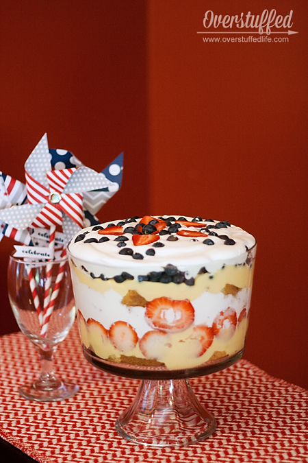 Make a traditional English trifle for July 4th. We may celebrate our independence from England, but not from this wonderful dessert! #overstuffedlife