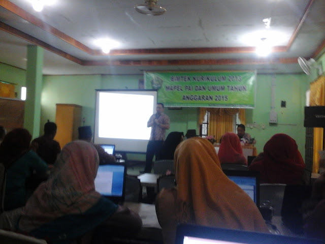 Bimtek Kurikulum 2013 di Kemenag Kabupaten Rokan Hulu
