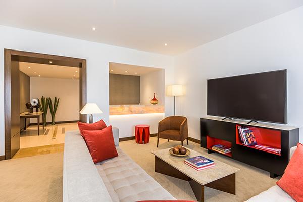 sostenibilidad-ambiental-Corcho-botellas-construir-habitaciones-NH-Hotel-Group