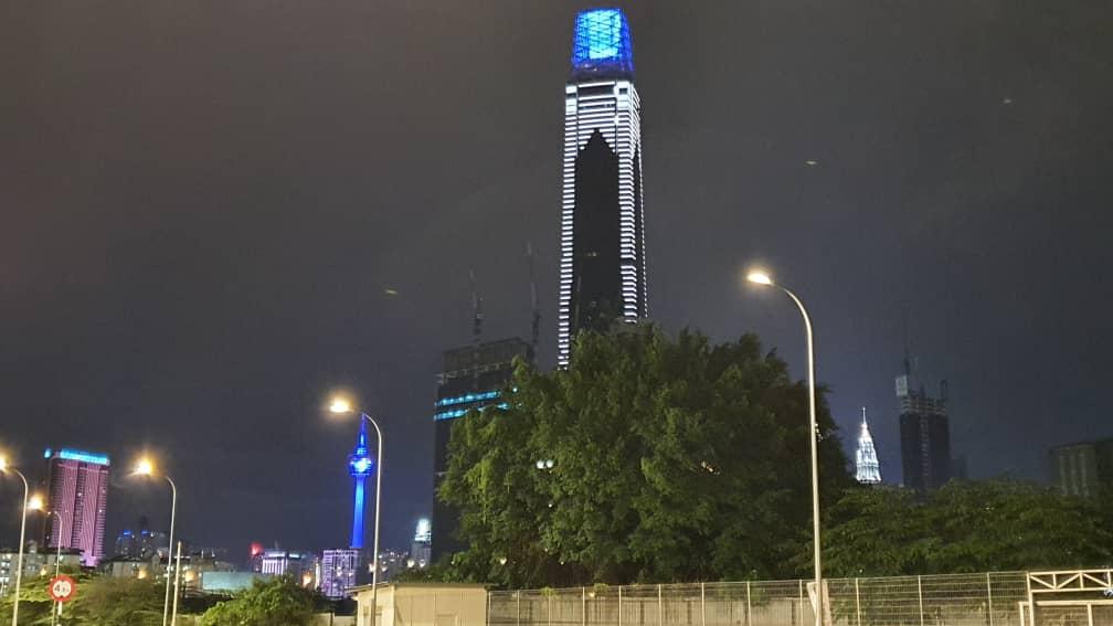 gambar cantik kempen cahaya biru malaysia #lightitblue