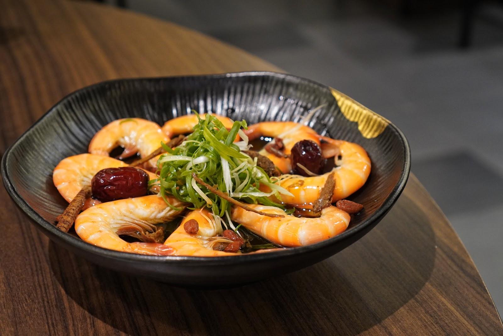 台南東區美食【廚房有雞花雕雞】廣式花雕醉蝦