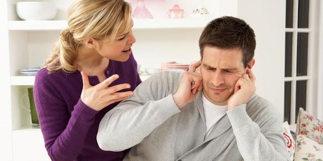 5 Manfaat Istri yang Suka Ngomel untuk Kesehatan Suami