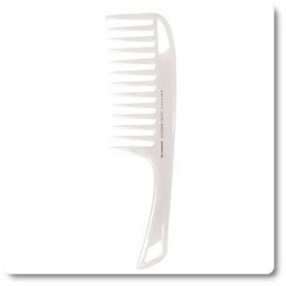 Cricket shower comb with Coconut
